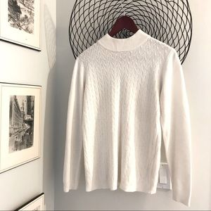 Very soft and pretty vintage sweater